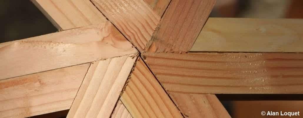 Détails du dôme en bois