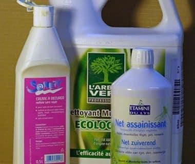 Trois produits ménagers pour la maison