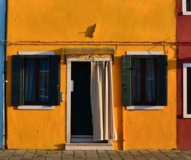 Peintures minérales pour façades