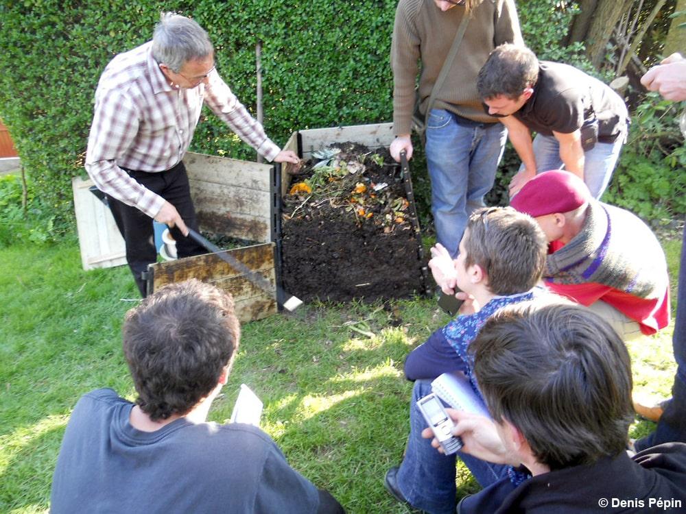 Compost et paillis : fertiliser la terre de son jardin – Cesson-Sévigné (35)